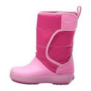CROCS Shoes - NWT Crocs Kids' LodgePoint Snow Winter Boots